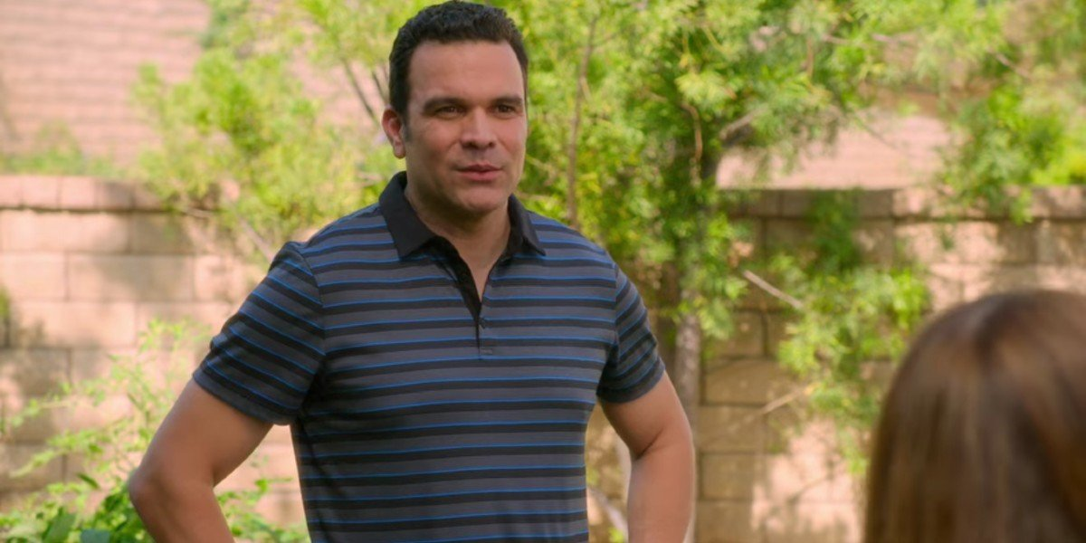 Ricardo Chavira as Dan in Santa Clarita Diet