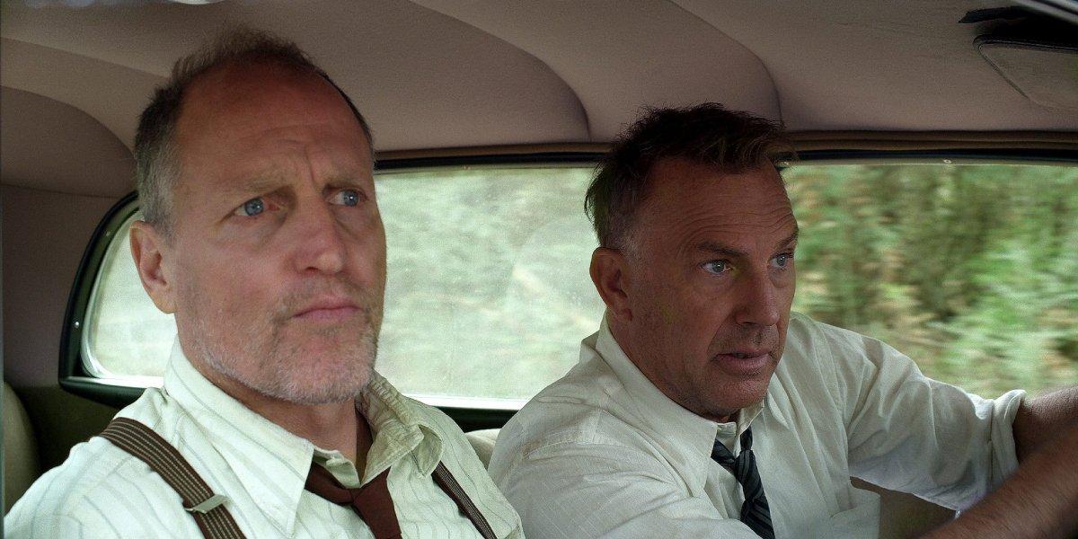 Wood Harrelson and Kevin Costner in The Highwaymen