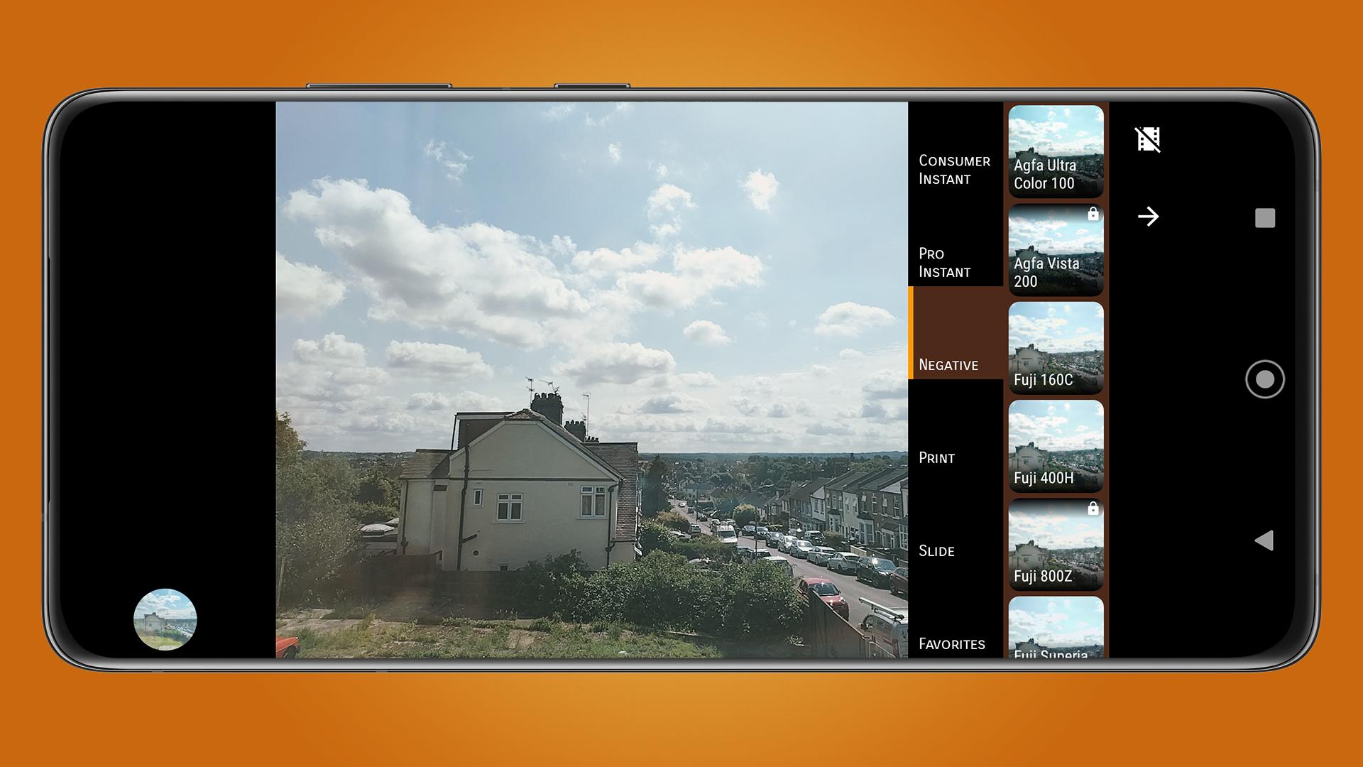 A photo of some houses in the Ektacam app