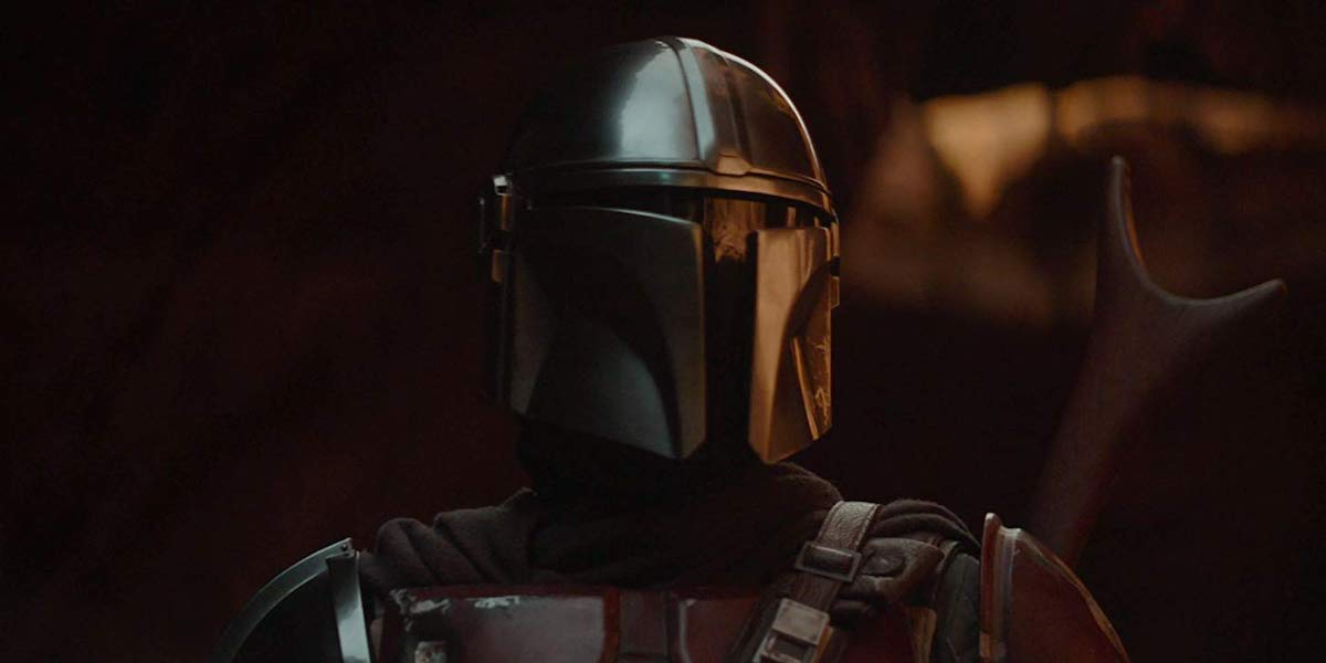 The Mandalorian, Pedro Pascal in helmet