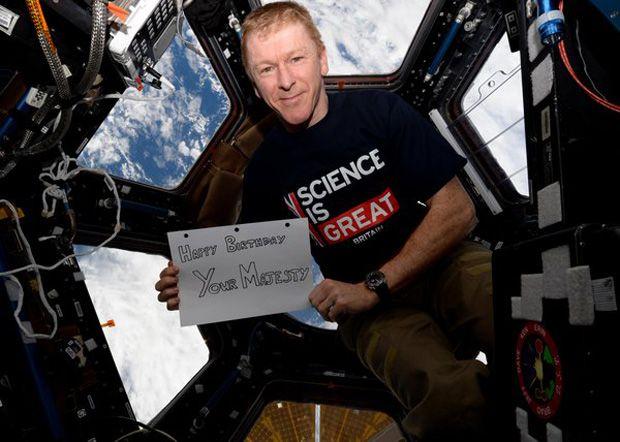 Fine British Astronaut To Queen Elizabeth Ii Happy Birthday Personalised Birthday Cards Cominlily Jamesorg