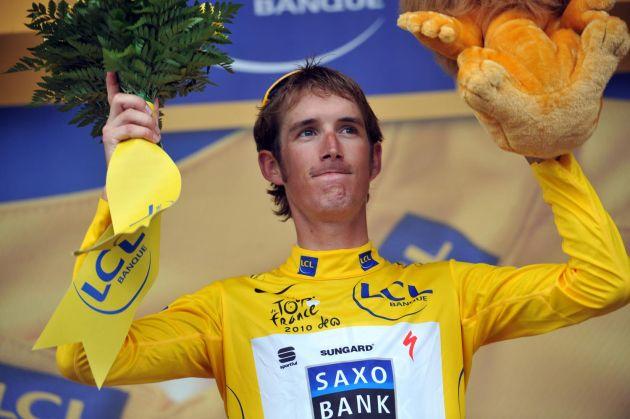 Andy Schleck on podium, Tour de France 2010, stage 13