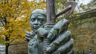 Bronze archer