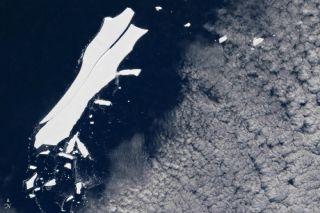 iceberg b15 dying