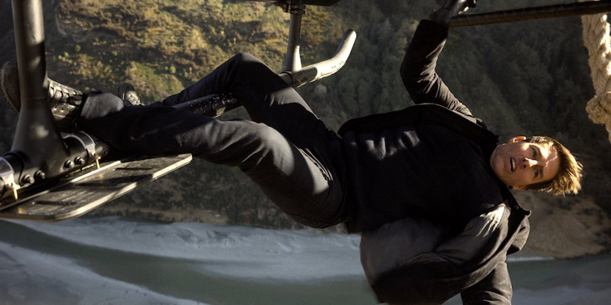 Ethan Hunt hanging from a helicopter