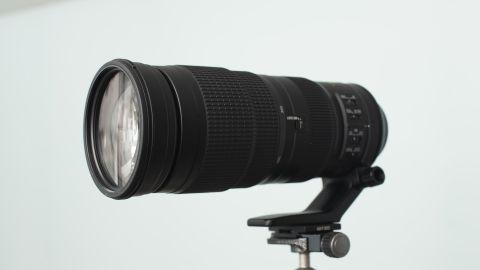Image shows the Nikkor AF-S 200-500mm f/5.6E ED VR lens against a white background.