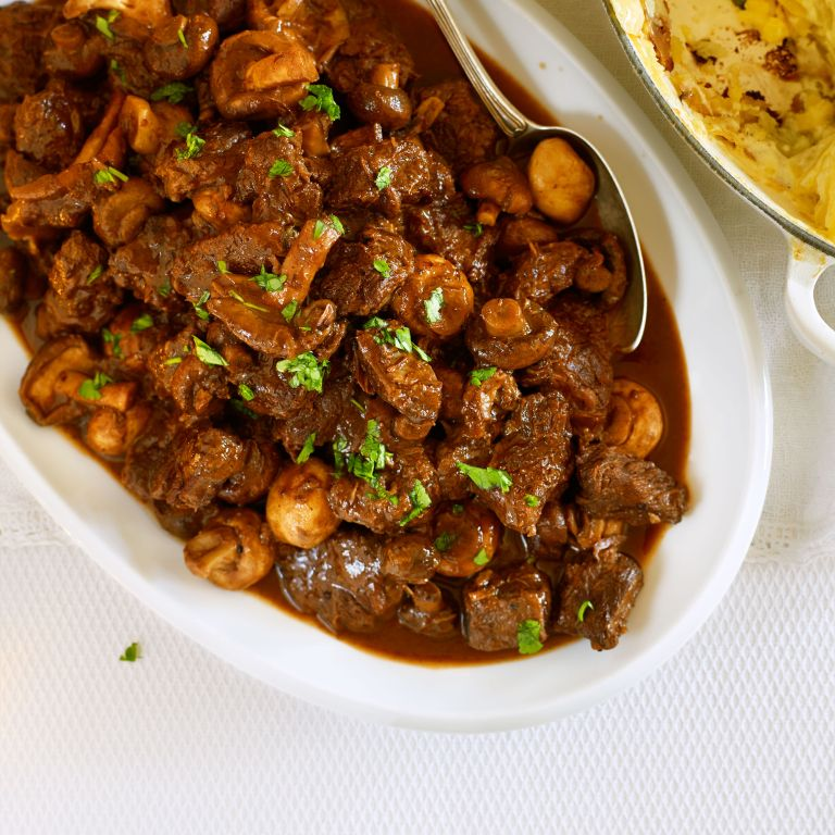 Slow Cooked Beef with Mushrooms and Red Wine