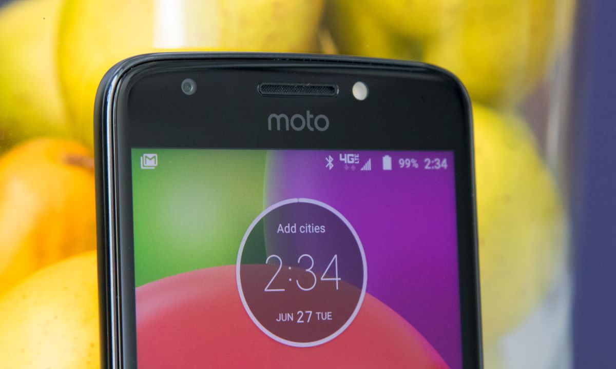 Moto E4 Review: Decent Budget Phone Has One Huge Flaw