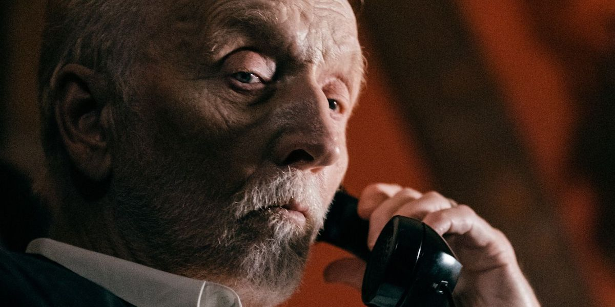 Tobin Bell in The Call
