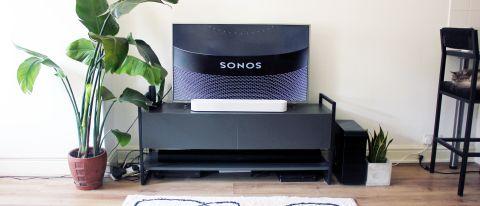 the sonos beam gen 2 soundbar beneath a tv