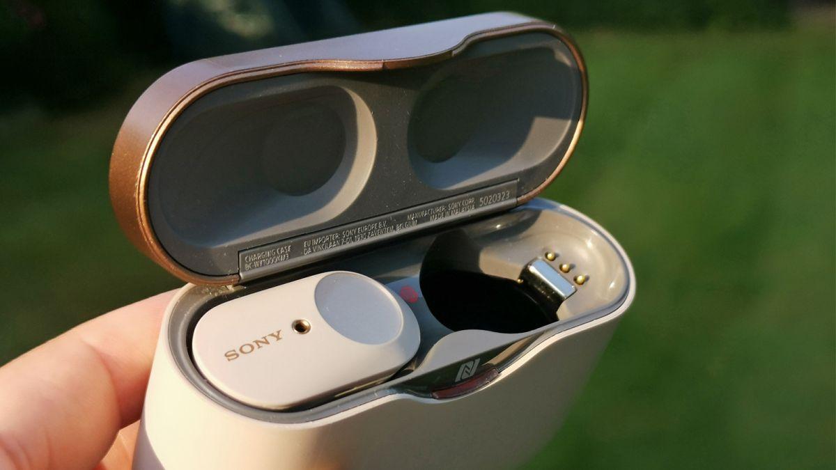 Ny läcka av Sony WF-1000XM4 avslöjar specifikationer och designen på de trådlösa öronsnäckorna