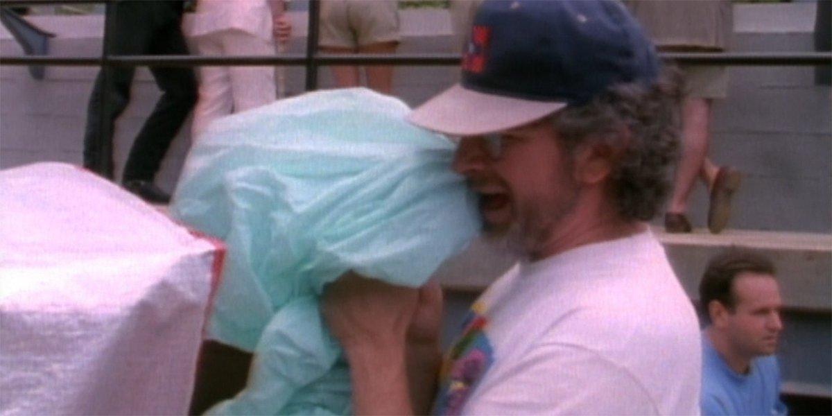 Jurassic Park Spielberg on set making dinosaur sounds