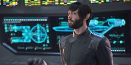 Star Trek: Discovery Is Giving Ethan Peck's Spock And More A Big Spinoff