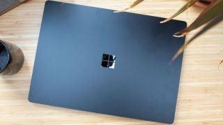 Microsoft Surface Laptop 3 lid