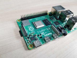 Raspberry Pi 4 (8GB)