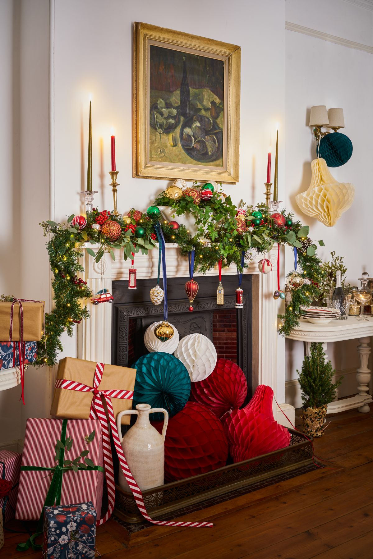 30 striking Christmas decoration ideas to make this year's decor the best yet