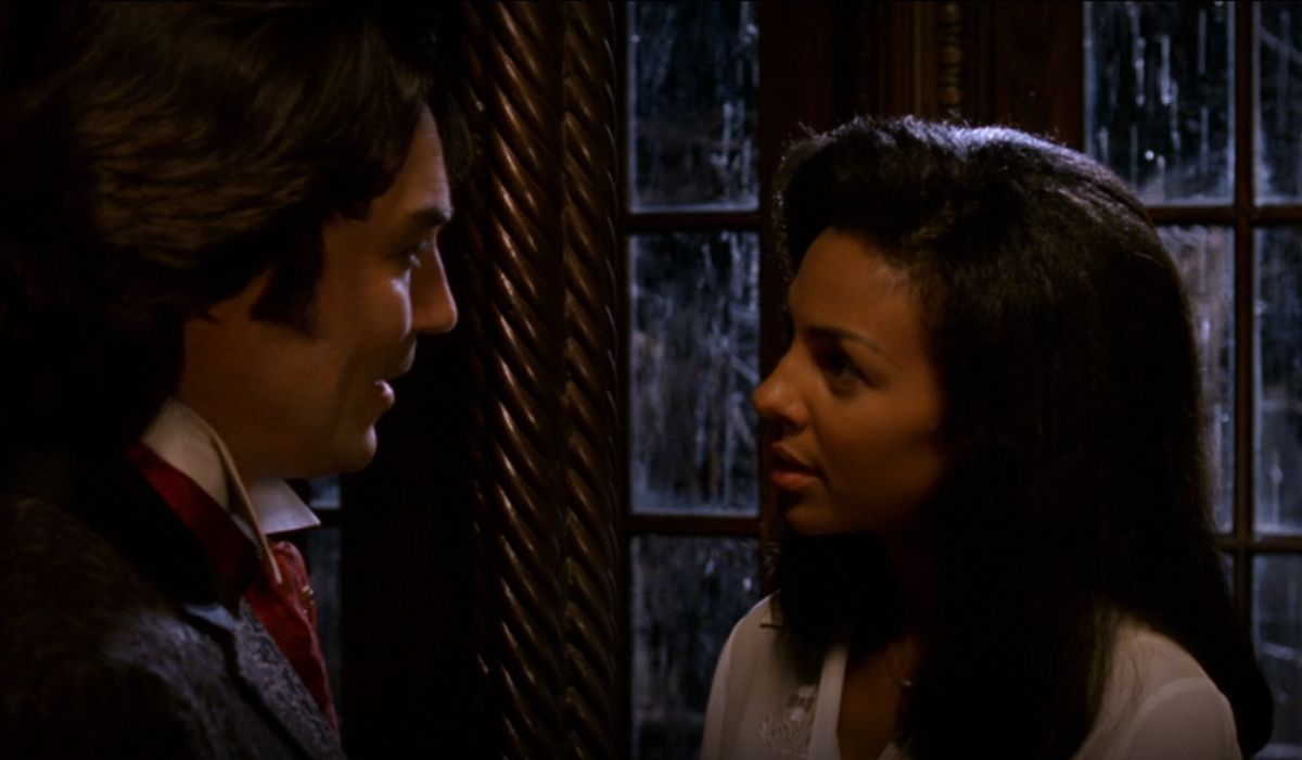Marsha Thomason and Nathaniel Parker in The Haunted Mansion
