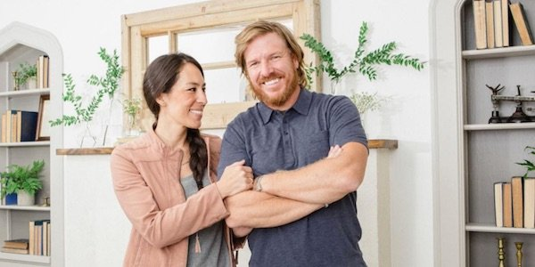 Why some fixer upper fans are scared for joanna and chip for How much do chip and joanna gaines make