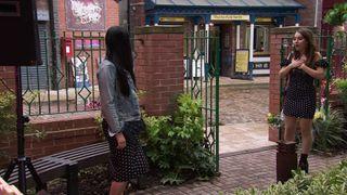 Alya Nazir and Daisy clash in Coronation Street.