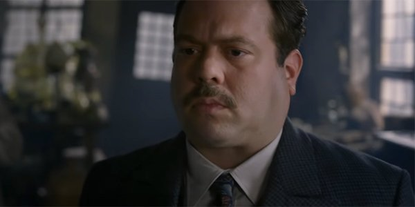 Dan Fogler Reveals What Jacob Is Thinking At The End Of Crimes Of ...