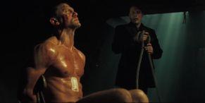 Daniel Craig's Infamous Naked Casino Royale Scene Could Have Been Even More Brutal For James Bond
