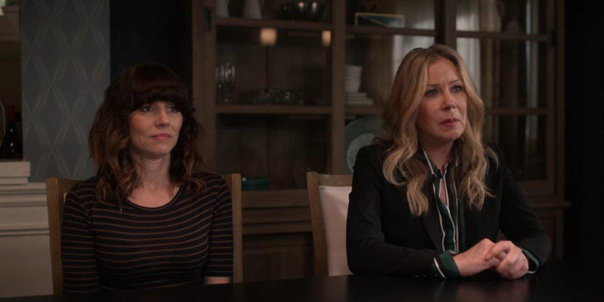 Linda Cardellini and Christina Applegate in Dead to Me Season 2