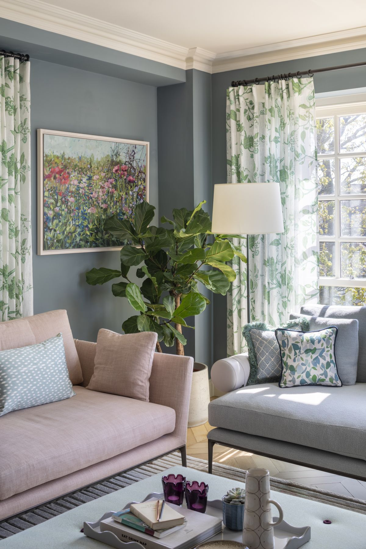 5 color and storage lessons this stunning London apartment will teach you