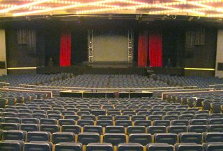 Theater At Madison Square Garden Installs JBL VTX Line Arrays