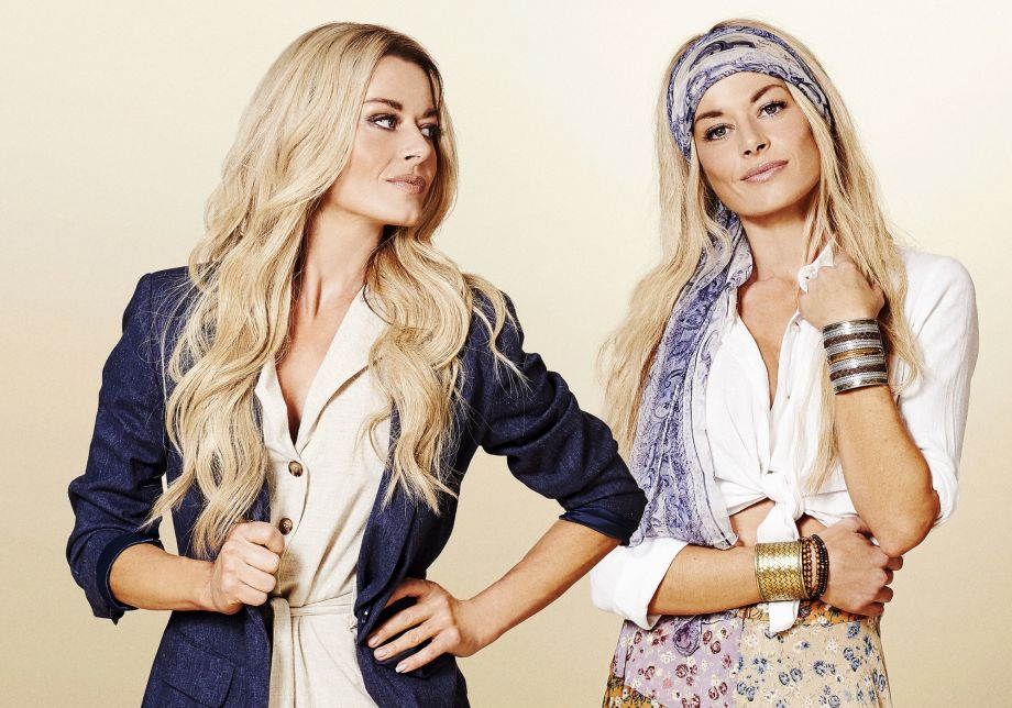 Neighbours, Andrea Somers, Dee Bliss