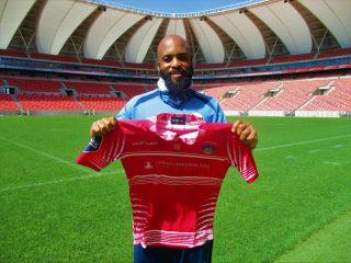 Chippa United midfielder Oupa Manyisa