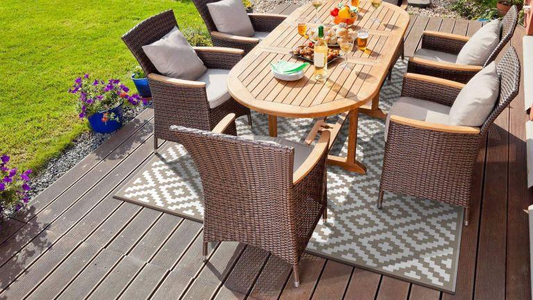 GD Home Lightweight Indoor/Outdoor Reversible Plastic Rug