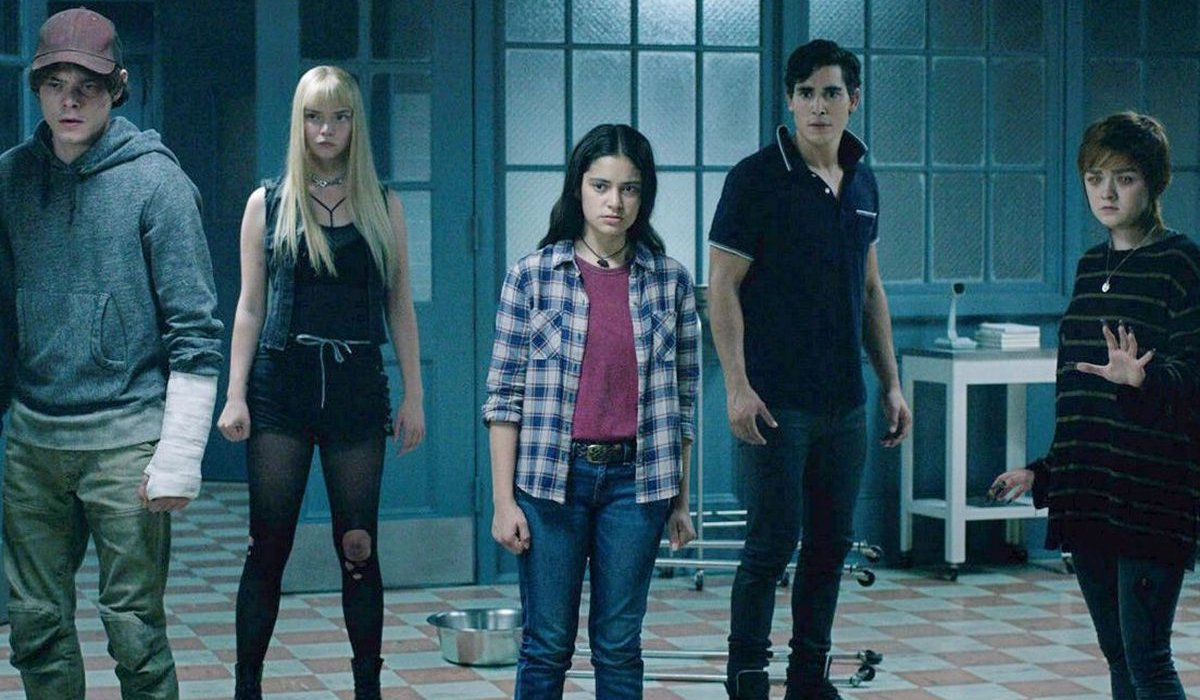 The New Mutants cast lines up in a common room