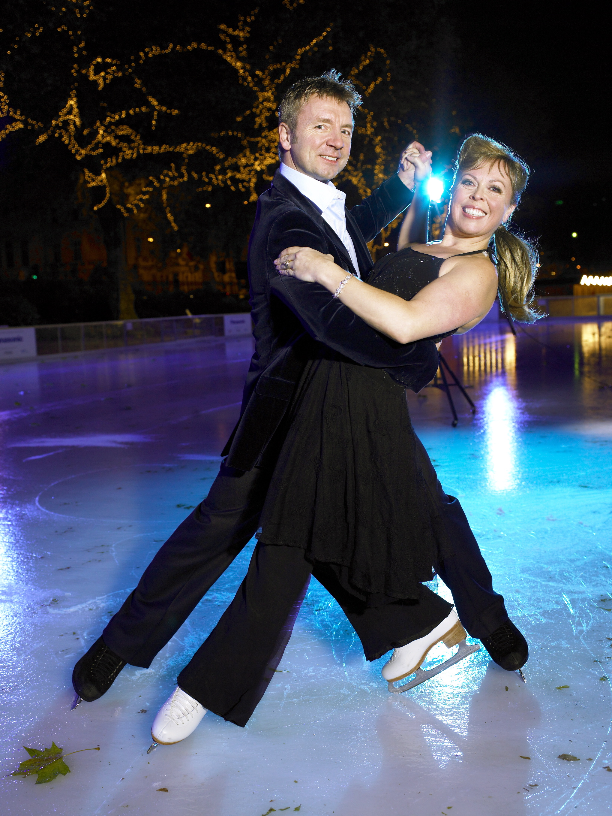 Injury forces Christopher Dean out of Ice show