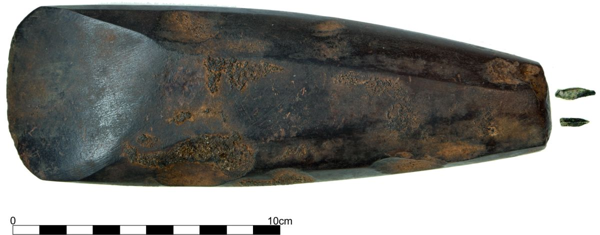 Inside Ireland's Oldest Grave, an 'Exceptional' Find | Live