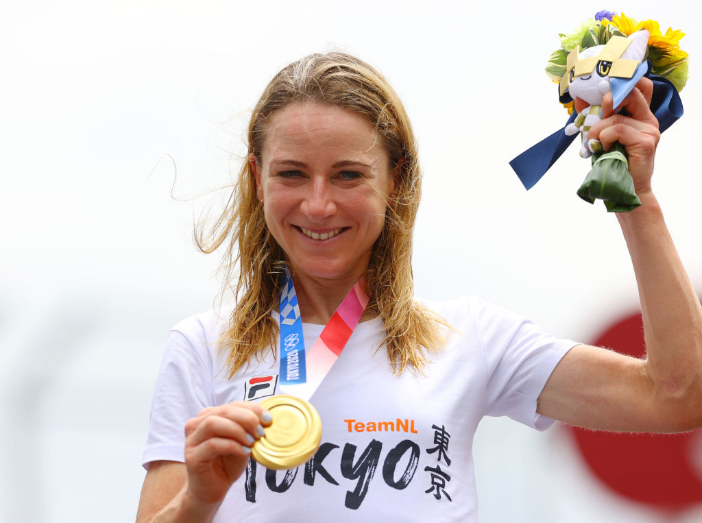 OYAMA JAPAN JULY 28 Annemiek van Vleuten of Team Netherlands poses with the gold medal after the Womens Individual time trial on day five of the Tokyo 2020 Olympic Games at Fuji International Speedway on July 28 2021 in Oyama Shizuoka Japan Photo by Tim de WaeleGetty Images