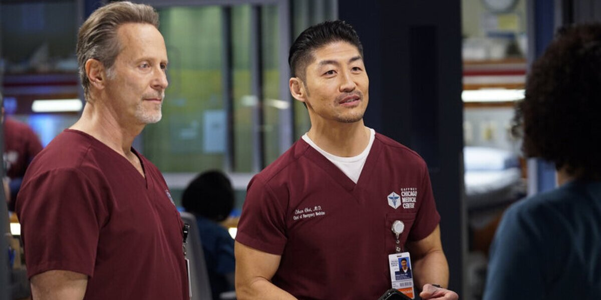 How Chicago Med's New Doctor Will Bring Some Issues To The ED, According To Steven Weber