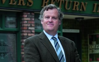 Coronation Street Spoilers: Brian Packham collapses!