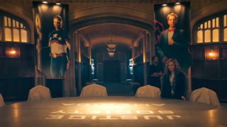 Stargirl meets the Justice Society of America in DC Universe's new show.