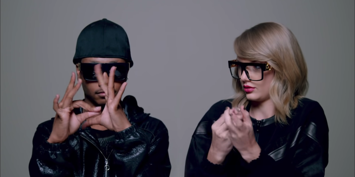 Finger Tutter and Taylor Swift in Shake It Off music video