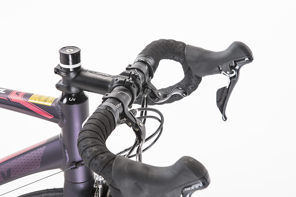 c7dfaa9262c The women's specific Liv Connect Forward saddle is comfortable and Woman's  specific bars come with a shallow drop, which along with the cross top  leavers, ...