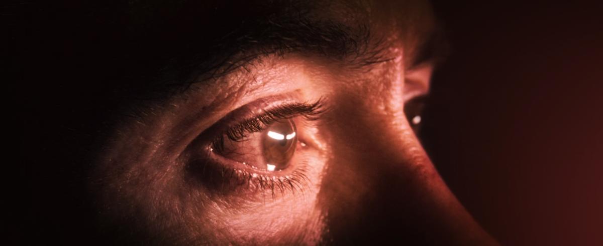 Robert Downey Jr eye close up in Avengers 2012