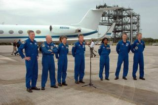 STS-121 Crew Arrives at NASA Spaceport for Launch Rehearsal