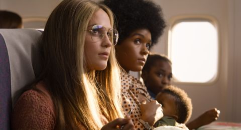 Alicia Vikander and Janelle Monáe as Gloria Steinem and Dorothy Pitman Hughes in 'The Glorias'.