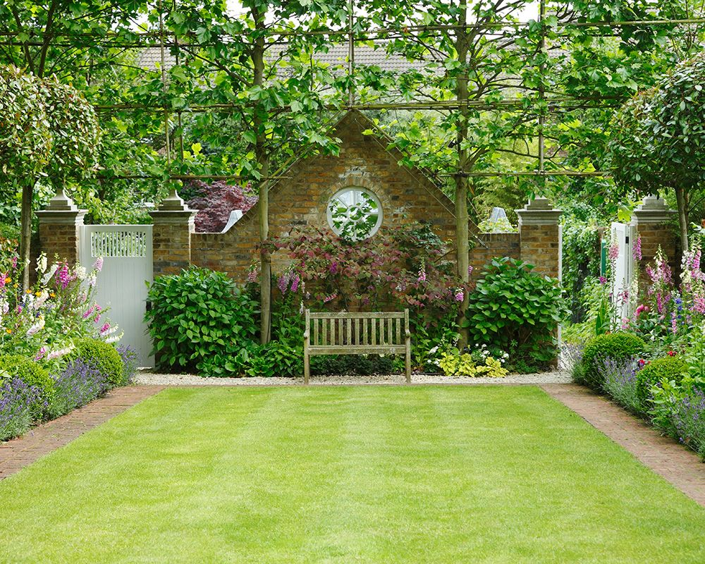10 expert do's and don'ts for giving your garden a makeover