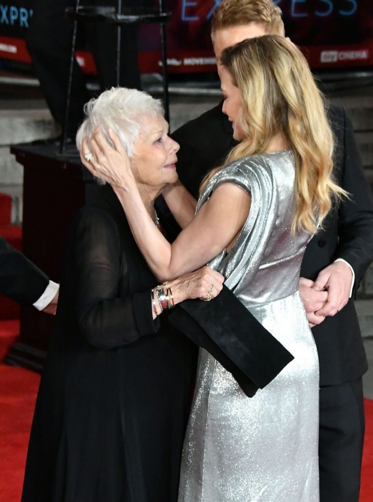 judi-dench-michelle-pfeiffer