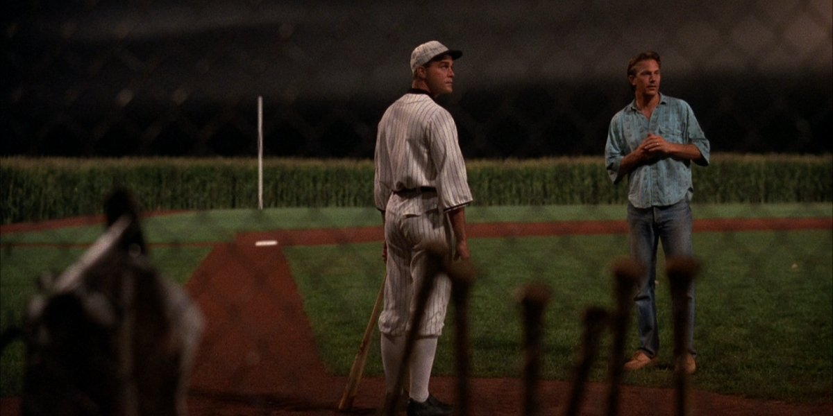Ray Liotta and Kevin Costner in Field of Dreams