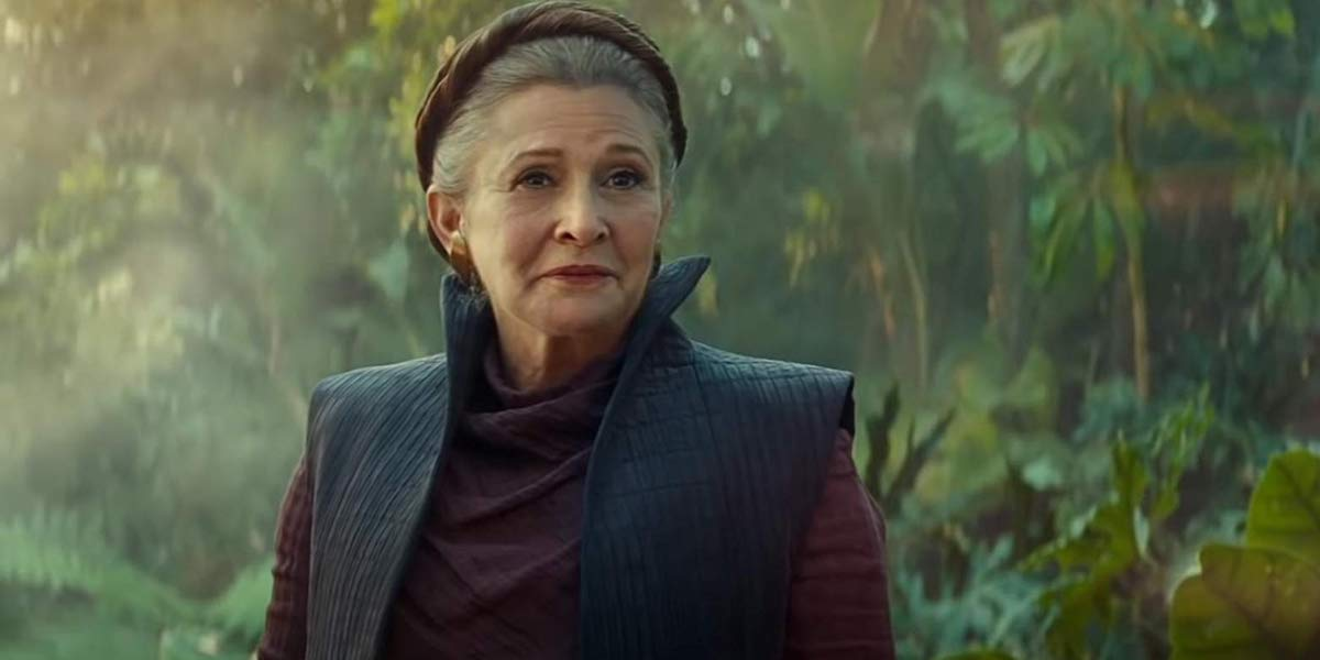 Leia smiling in The Rise of Skywalker