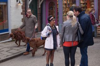 Hollyoaks spoilers! Comedian and presenter Alan Carr joins Hollyoaks for a guest role