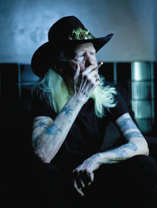 Johnny Winter Talks Gibson Firebirds, Muddy Waters and
