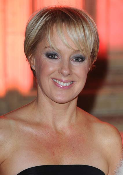 Coronation St star Sally becomes Mrs Dynevor